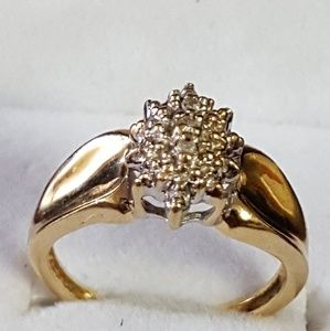10k Real Gold, Diamond Cluster 2.62g Sz5